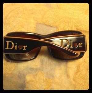 """Christian Dior - """"Lovingly Di❤r 1"""" sunglasses 😎💖"""